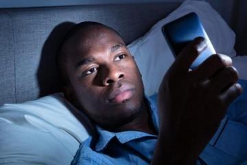 长期睡得少痴呆风险高25年的追踪调查揭示中年缺觉危害